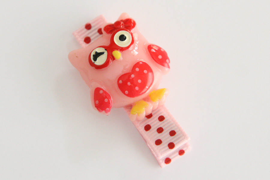 Pink & Red Owl Resin Clip