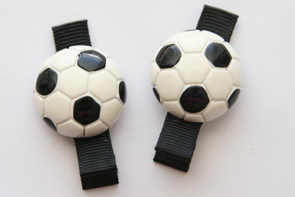 Sports Clips - Soccer Resin Clip